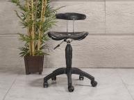 Amortisörlü Dövmeci Çalışma Sandalyesi | Plastik Oturaklı - Siyah - Plastik Ayak